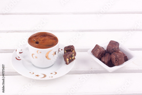 Fotobehang Cafe turkish coffee and turkish delight with chocolate