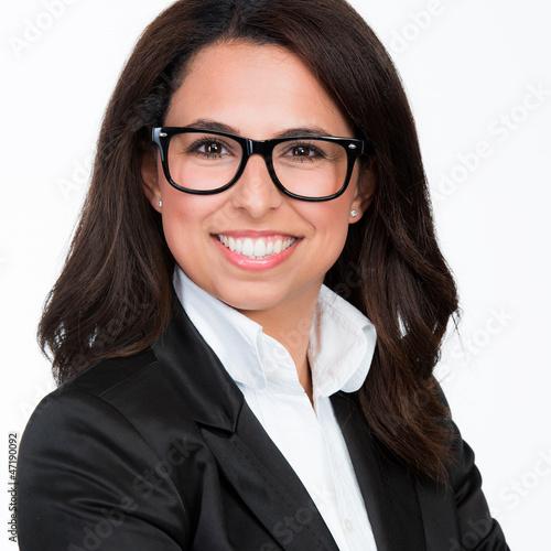 erfolgreiche managerin mit brille