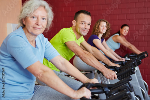 Fitnesstraining mit Spinning