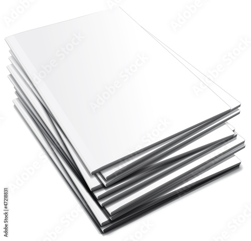 Pila di quaderni bianchi