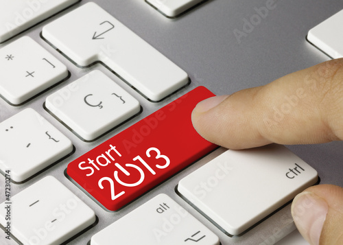 Start 2013 keyboard key. Finger