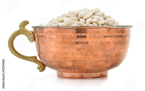 White kidney beans in an old fashioned bowl