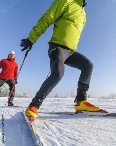 gemeinsam skaten im Winter