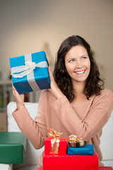 freu freut sich über geschenke