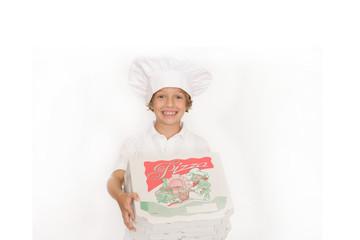 Kleiner Junge als Pizzabäcker