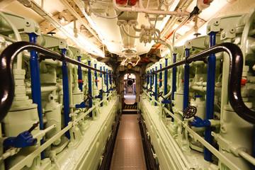 German world war 2 submarine type VIIC/41 - diesel engine compar
