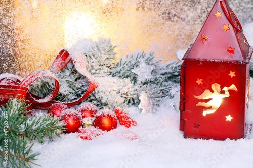 Weihnachtsstimmung am Fenster