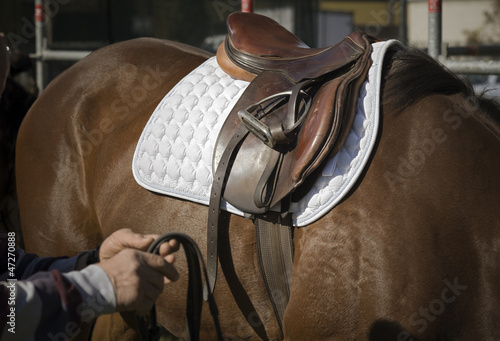English riding style saddle preparation