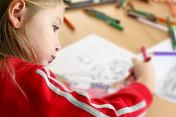 Bambina che disegna - Little girl draws