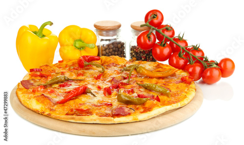 Tasty pepperoni pizza with vegetables