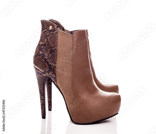 Elegance leather boots
