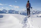 Fototapety Schneeschuhwanderung in den Alpen