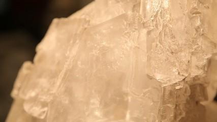 Big solt crystal
