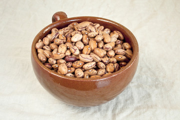Pinto beans in ceramic bowl