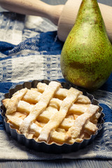Closeup of tart made ​​with fresh pears