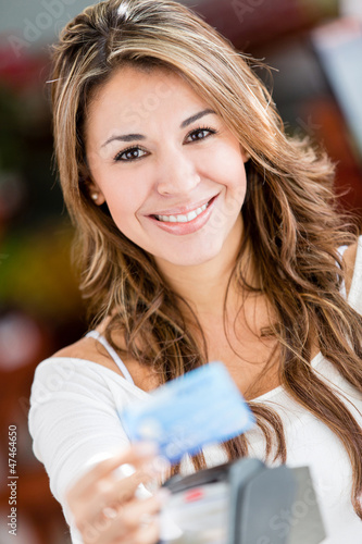 Shopper paying by credit card