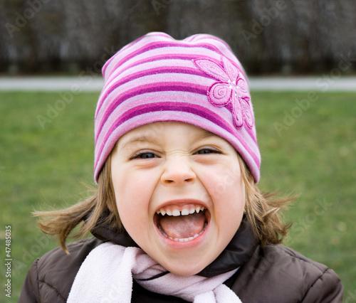 Pretty young girl shouting - 47485035
