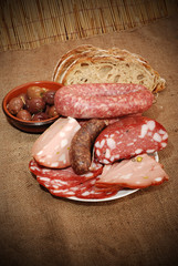 SALUMI E FORMAGGIO ( MEAT AND CHEESE )