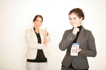 Hübsche Frauen im Büro