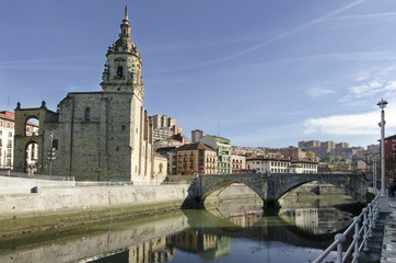 Puente y Iglesia de San Anton, Bilbao.