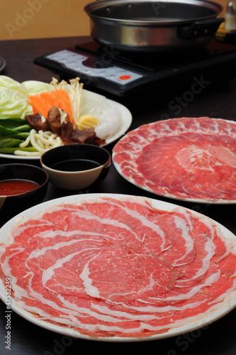 すき焼き : Sukiyaki Fresh Beef pork slices, Vegetable, Dinner Set