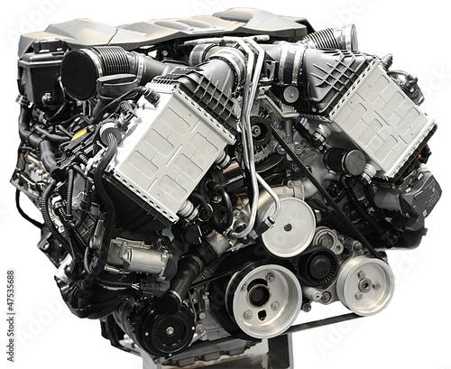 moteur thermique essence v8