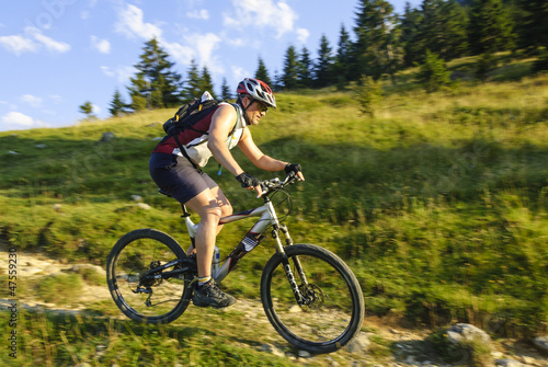 Single-Trail-Downhill