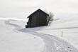 scheune im schnee in miesbach