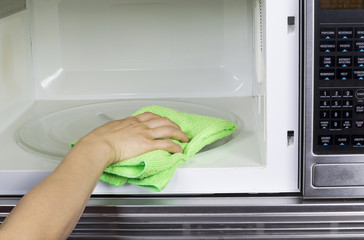 Cleaning inside of Microwave Oven