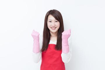 ゴム手袋をした女性