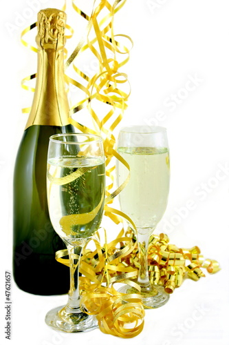 Champagne with gold Streamers