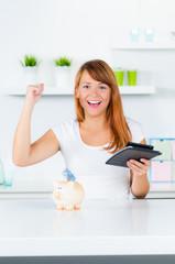 studentin freut sich über geld