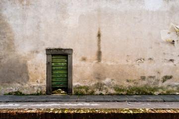 Piccola porta