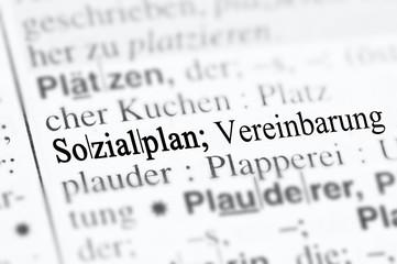 Sozialplan im Duden