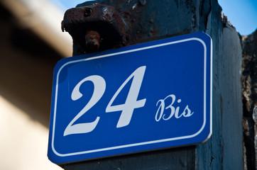 plaque 24 bis