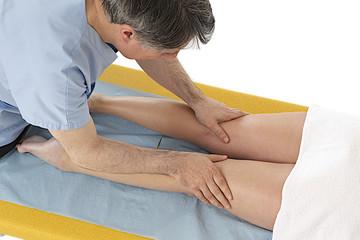Drainage - Massage des cuisses