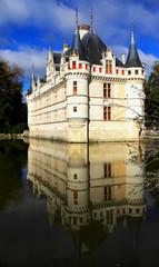 Château d'Azay-le-Rideau et son reflet
