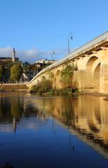 Pont de pierre de Chinon