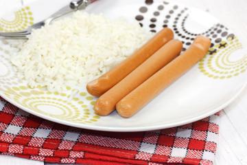 saucisses et riz