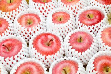 りんご 箱詰め
