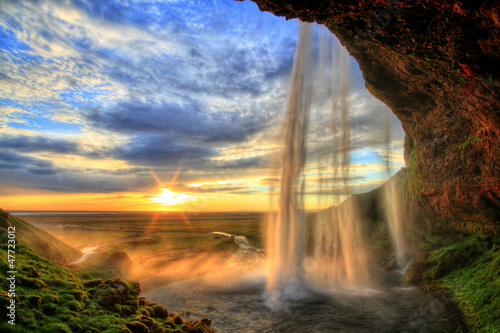 Poster Watervallen Seljalandfoss waterfall at sunset in HDR, Iceland