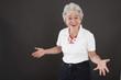 Ältere Frau mit Lebensfreude