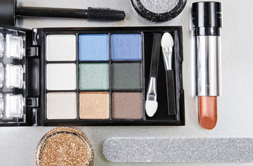 Makeup kit cenit view