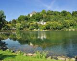Touristenort Blankenheim in der Eifel mit Schloss poster