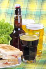 Birra,cola e sandwich