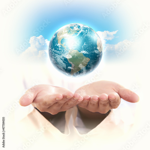 planet system in your hands