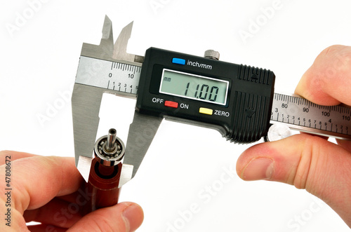 vernier caliper measurements on the bearing