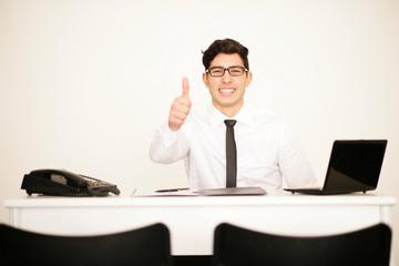 Erfolgreicher Geschäftsmann im Büro