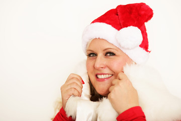 Frau im Weihnachtsoutfit