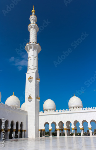 Minaret of Sheikh Zayed Grand Mosque in Abu Dhabi, UAE